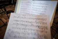 Noten der KI und Beethovens Skizze
